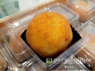 Foto 2 - Makanan di Rokue Snack oleh Tirta Lie