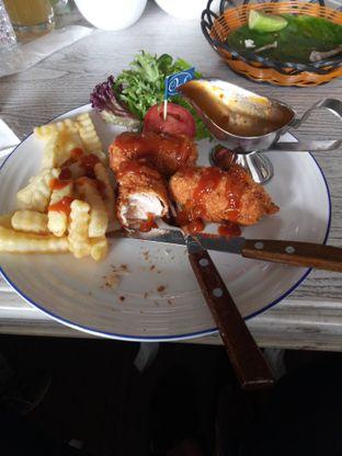 Foto 1 - Makanan di Orofi Cafe oleh Dani Allamsyah