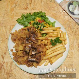 Foto 5 - Makanan di Kamo Kuma & Creme Cakery oleh claredelfia