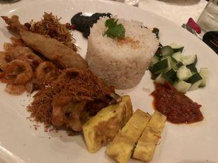 Foto 1 - Makanan di Tugu Kunstkring Paleis oleh Johan PS @foodnrolla
