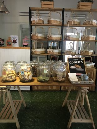 Foto 12 - Interior di Kuki Store & Cafe oleh RI 347 | Rihana & Ismail