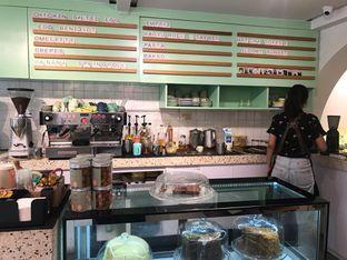 Foto 2 - Interior di Cliq Coffee & Kitchen oleh @Foodbuddies.id   Thyra Annisaa