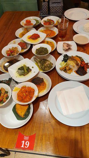 Foto 2 - Makanan di Padang Merdeka oleh Makan2 TV Food & Travel