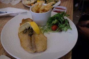 Foto 4 - Makanan(Lemon butter dory fillet) di MAMAIN oleh Pengembara Rasa
