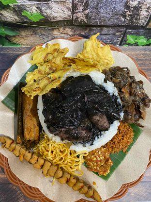 Foto review Nasi Cumi Hitam Madura Pak Kris oleh Yohanacandra (@kulinerkapandiet) 17
