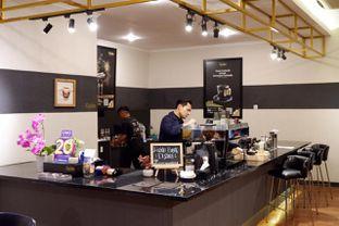 Foto 6 - Interior di The Gade Coffee & Gold oleh yudistira ishak abrar
