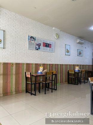 Foto 2 - Interior di Pempek Palembang Awan oleh Francine Alexandra