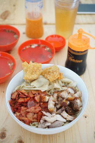 Foto 1 - Makanan di Pangsit Mie Palu oleh Kevin Leonardi @makancengli
