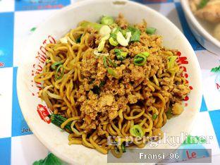 Foto 1 - Makanan di Bakmi Bangka Awat oleh Fransiscus
