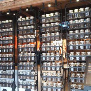 Foto 3 - Interior di Upnormal Coffee Roasters oleh Nadia Indo