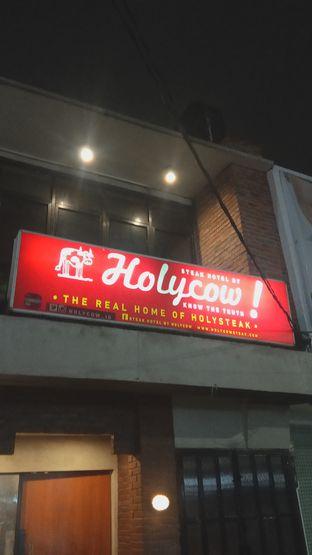 Foto 4 - Eksterior di Steak Hotel by Holycow! oleh Renodaneswara @caesarinodswr