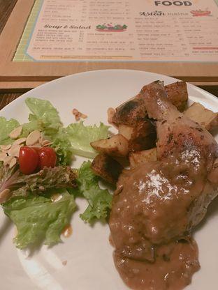 Foto 2 - Makanan di Hummingbird Eatery oleh Foodies Story