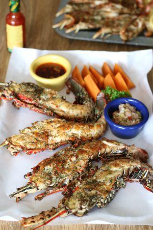 Foto 7 - Makanan di LOVEster Shack oleh Boomakan
