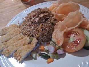 Foto 3 - Makanan di Warlaman oleh Linda Sujanapura