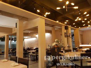Foto 8 - Interior di Sushi Matsu oleh UrsAndNic