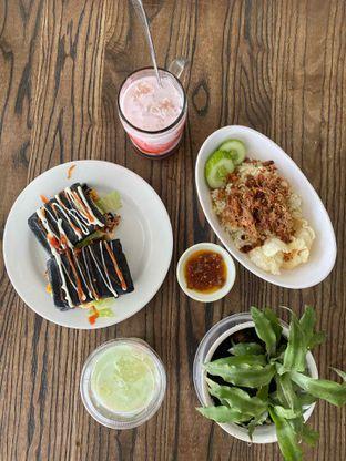 Foto 1 - Makanan di Kornet Geprek oleh @Perutmelars Andri