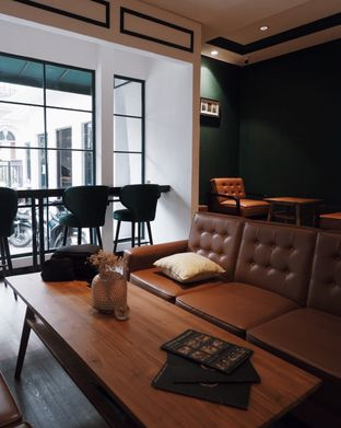 Foto 3 - Interior di Java Soul Coffee oleh Della Ayu