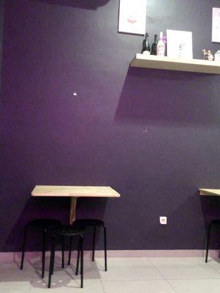 Foto 6 - Interior di Dessert Cafe oleh Prido ZH