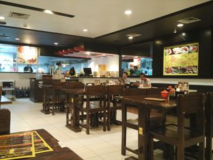 Foto 4 - Interior di Ayam Goreng Karawaci oleh D L