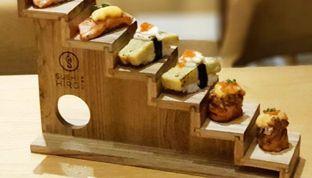 Foto 1 - Makanan di Sushi Hiro oleh Tania Jovani