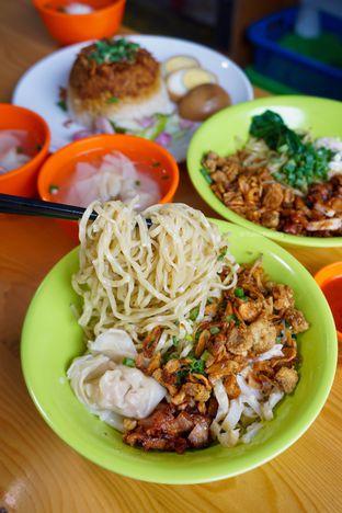 Foto 1 - Makanan di Bakmie Belawan Amin oleh Yulio Chandra
