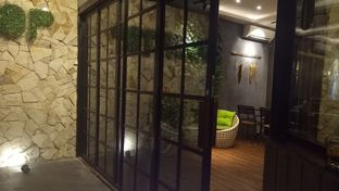 Foto 5 - Interior di De Cafe Rooftop Garden oleh Jocelin Muliawan