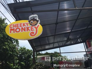 Foto 5 - Eksterior di Cheeky Monkey oleh Hungry Couplee