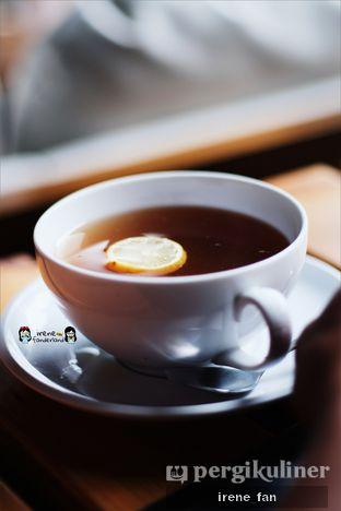 Foto 4 - Makanan(Hot Lemon Tea) di B'Steak Grill & Pancake oleh Irene Stefannie @_irenefanderland