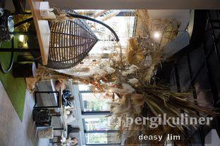 Foto 6 - Interior di Just Request Coffee oleh Deasy Lim