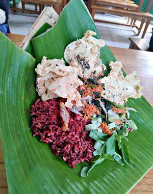 Foto 1 - Makanan(Nasi Merah Urap) di Pecel Pincuk Ibu Ida oleh Nathania Kusuma
