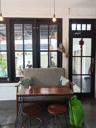 Foto 10 - Interior di Jonbon's Coffee & Eatery oleh Junior