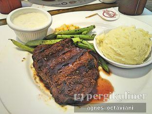Foto - Makanan(Prime Tenderloin) di Holycow! STEAKHOUSE by Chef Afit oleh Agnes Octaviani
