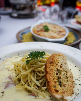 Foto 5 - Makanan di Maximo Resto & Garden - Puri Setiabudhi Residence Hotel oleh @mizzfoodstories