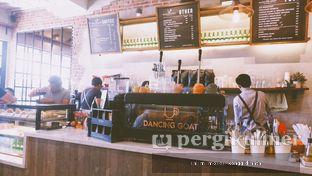 Foto 1 - Interior di Dancing Goat Coffee Co. oleh Oppa Kuliner (@oppakuliner)