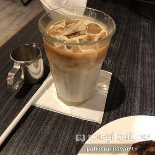 Foto 2 - Makanan(ice latte) di Eric Kayser Artisan Boulanger oleh Patsyy
