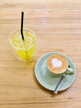 Foto review Cliq Coffee & Kitchen oleh Alfabetdoyanjajan  3