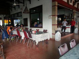 Foto 6 - Interior(Interior) di Pecel Lele Pak Jo oleh Budi Lee