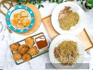 Foto 4 - Makanan di Bakmi Ayam Acang oleh Tiny HSW. IG : @tinyfoodjournal