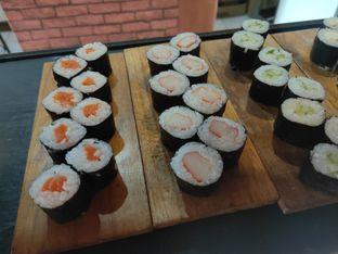 Foto - Makanan di OTW Sushi oleh Mardani Mardani