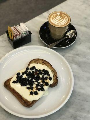 Foto review Nosh Kitchen oleh Prido ZH 3