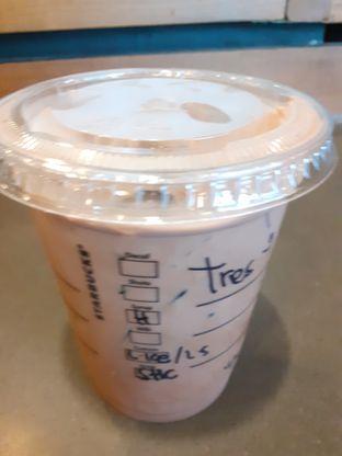 Foto 3 - Makanan di Starbucks Coffee oleh Threesiana Dheriyani