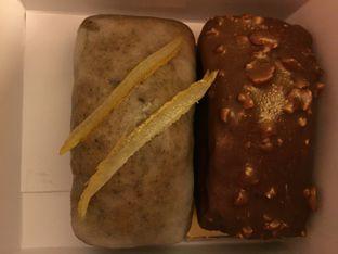 Foto 1 - Makanan di Mandarin Oriental Cake Shop - Mandarin Oriental Hotel oleh Theodora