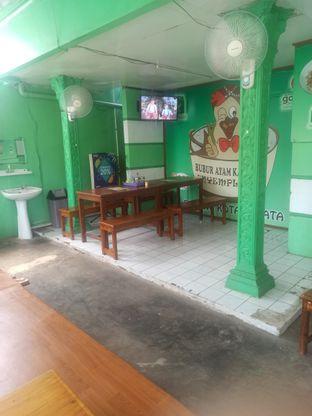Foto 5 - Interior di Bubur Ayam Kampung Nyemplung oleh Abizar Ahmad