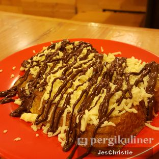 Foto 2 - Makanan(French Toast Cheese w/ Choco) di Ya Kun Kaya Toast oleh JC Wen