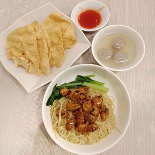 Foto 1 - Makanan di Bakmi GM oleh Fensi Safan
