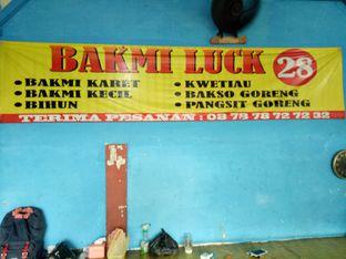 Foto 6 - Interior di Bakmi Luck 28 oleh @duorakuss