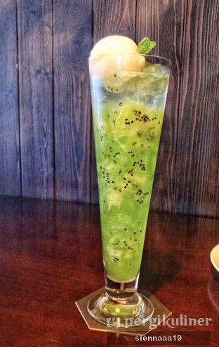 Foto 9 - Makanan(lemon drop kiwi) di Akira Back Indonesia oleh Sienna Paramitha