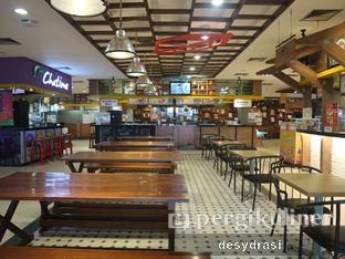 Foto 4 - Interior di Yoogane oleh Makan Mulu