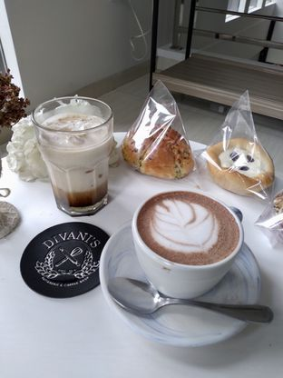 Foto 4 - Makanan di Divani's Boulangerie & Cafe oleh Prido ZH