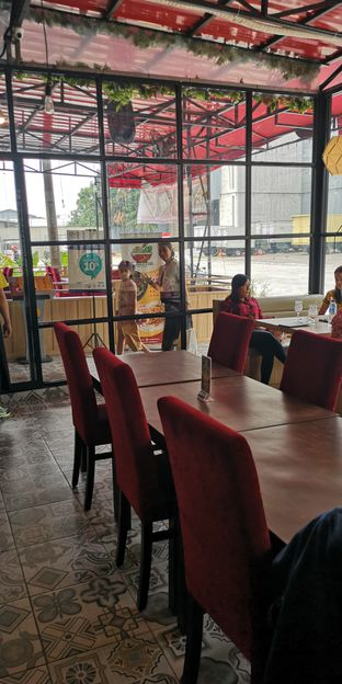 Foto 6 - Interior di Mie Pedas Juara oleh om doyanjajan